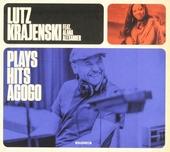 Plays hits agogo