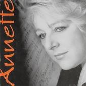 Annette Bryn Parri : Piano
