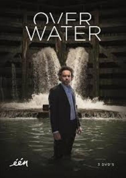 Over water. [Seizoen 1]