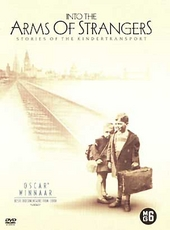 Into the arms of strangers : stories of the Kindertransport