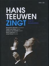 Hans Teeuwen zingt