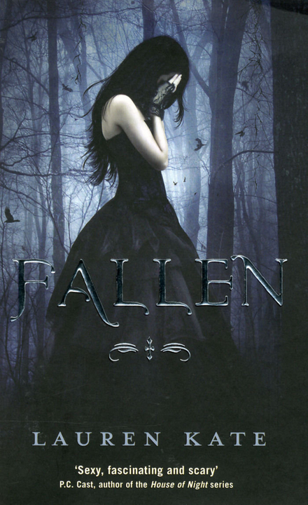 Fallen : a fallen novel
