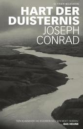 Hart der duisternis / Joseph Conrad ; vert. en van een naw. voorzien door Bas Heijne