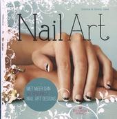 Nail art : met meer dan 50 originele nail art designs