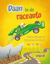 Daan in de raceauto