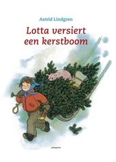 Lotta versiert een kerstboom