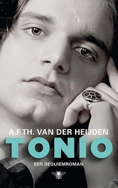 Tonio : een requiemroman