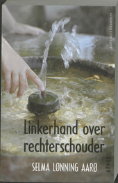 Linkerhand over rechterschouder