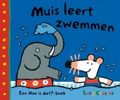 Muis leert zwemmen