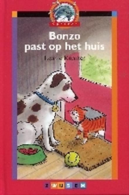 Bonzo past op het huis