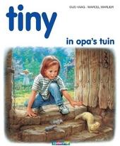 Tiny in opa's tuin