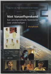 Niet vanzelfsprekend : een vervolgmethode Nederlands voor anderstaligen. Hulpboek