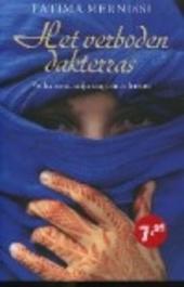 Het verboden dakterras : verhalen uit mijn jeugd in de harem