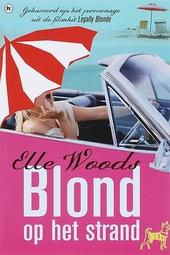 Blond op het strand