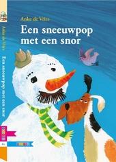 Een sneeuwpop met een snor
