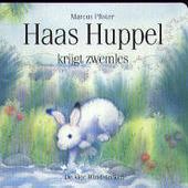 Haas Huppel krijgt zwemles