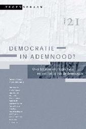 Democratie in ademnood ? : over legitimiteit, legitimatie en verfijning van de democratie