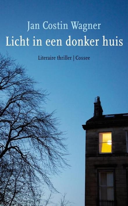 Licht in een donker huis : roman