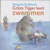 Grijze Tijger leert zwemmen