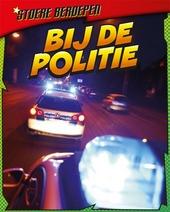 Bij de politie : misdaad bestrijden