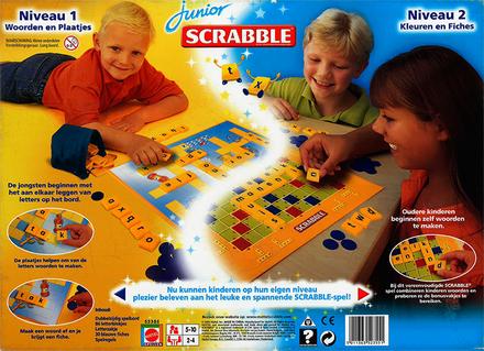 Scrabble junior : twee grappige spellen in één