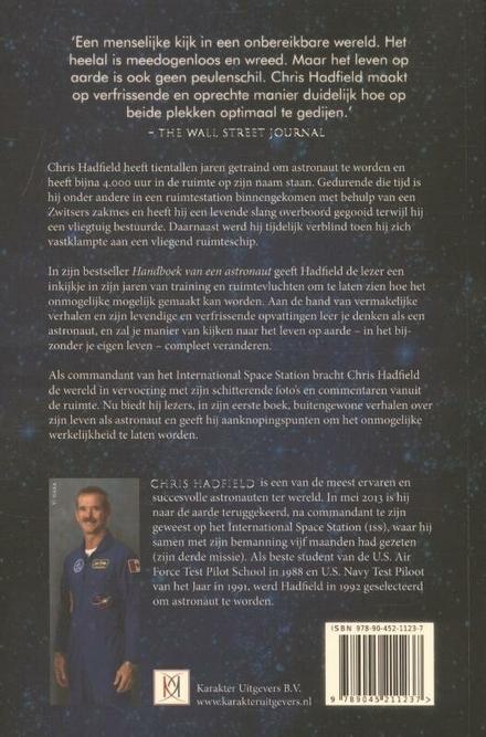 Handboek van een astronaut : hoe te leven op aarde