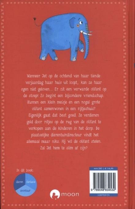 Een olifant op de stoep